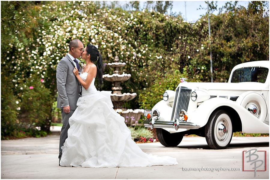 Twin Oaks Garden Estate wedding portraits