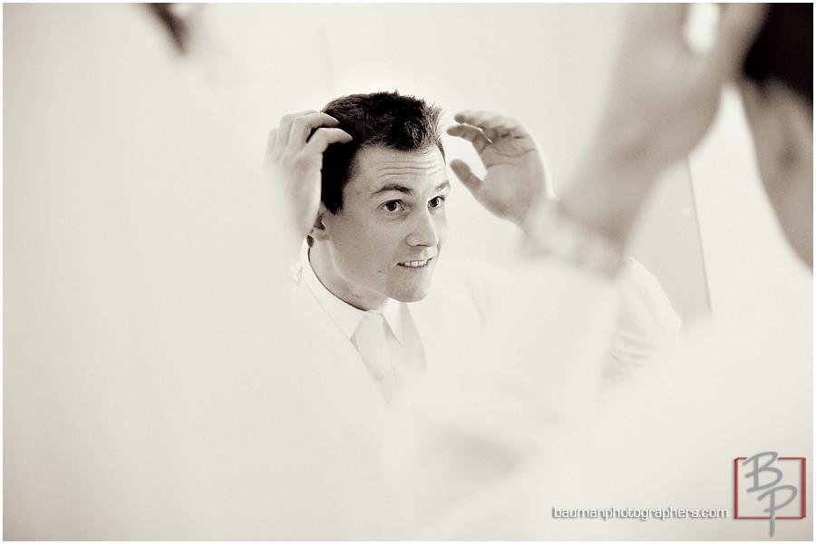 groomsmen creative wedding photography