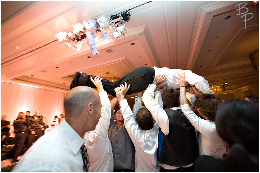 the groom crowd surging