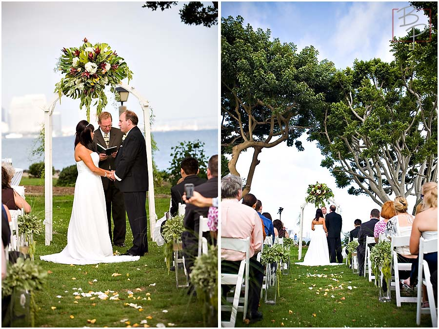 Harbor Island wedding ceremony