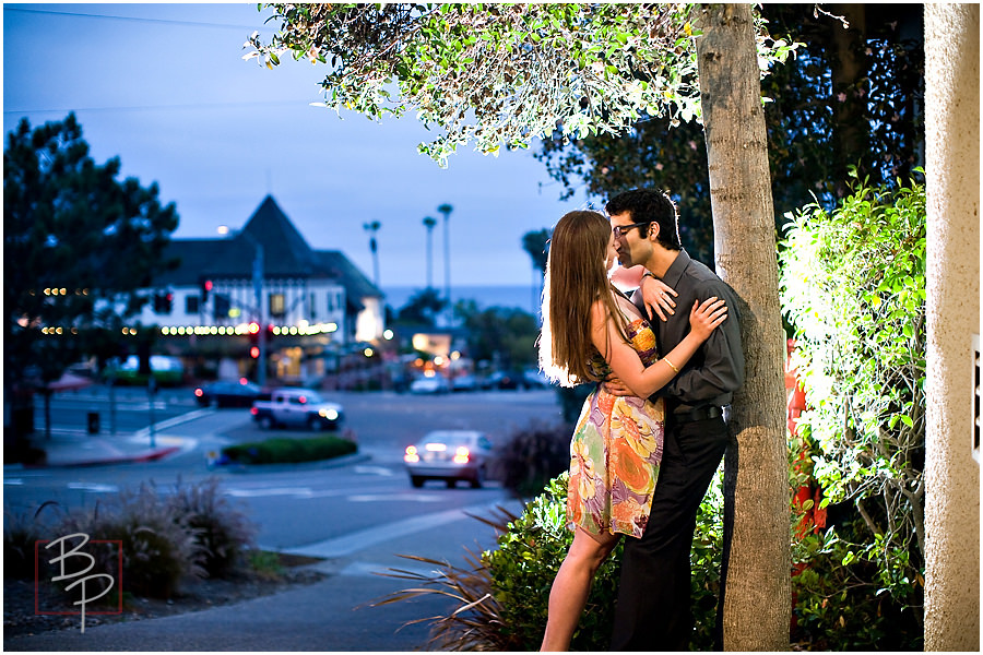 evening engagement picture san diego