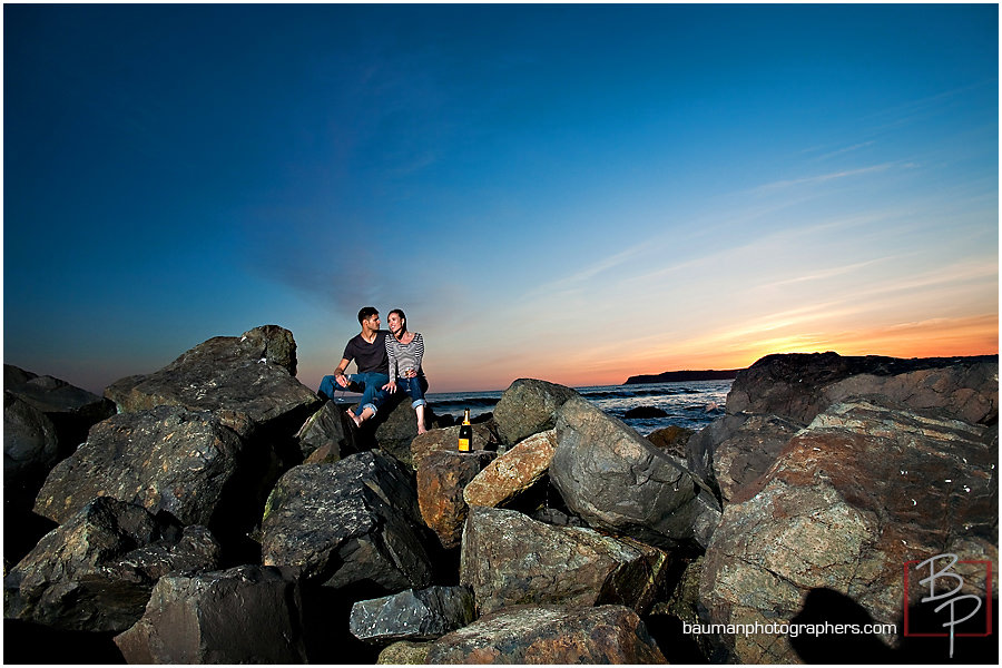Engagement pictures on the beach at Coronado