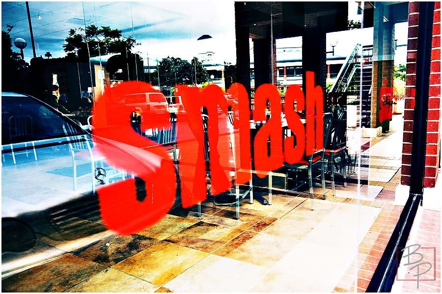 Smash Burger front window