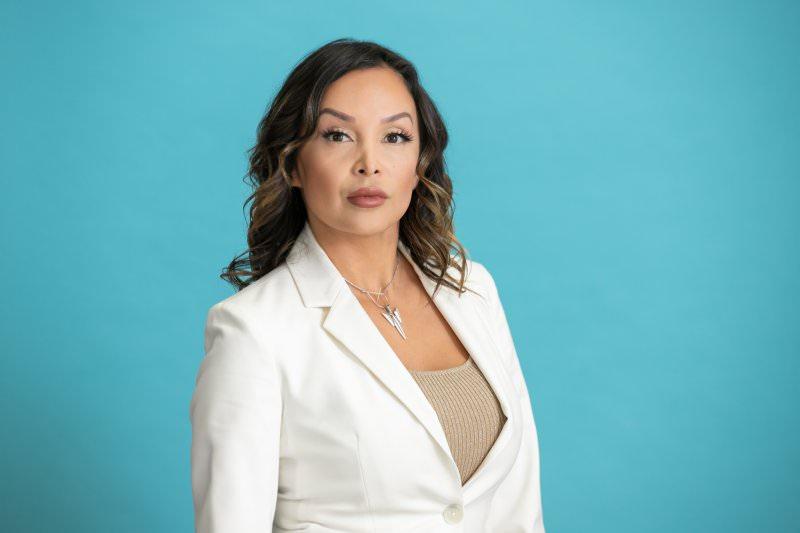 San-Diego-Lawyer-Headshot-32